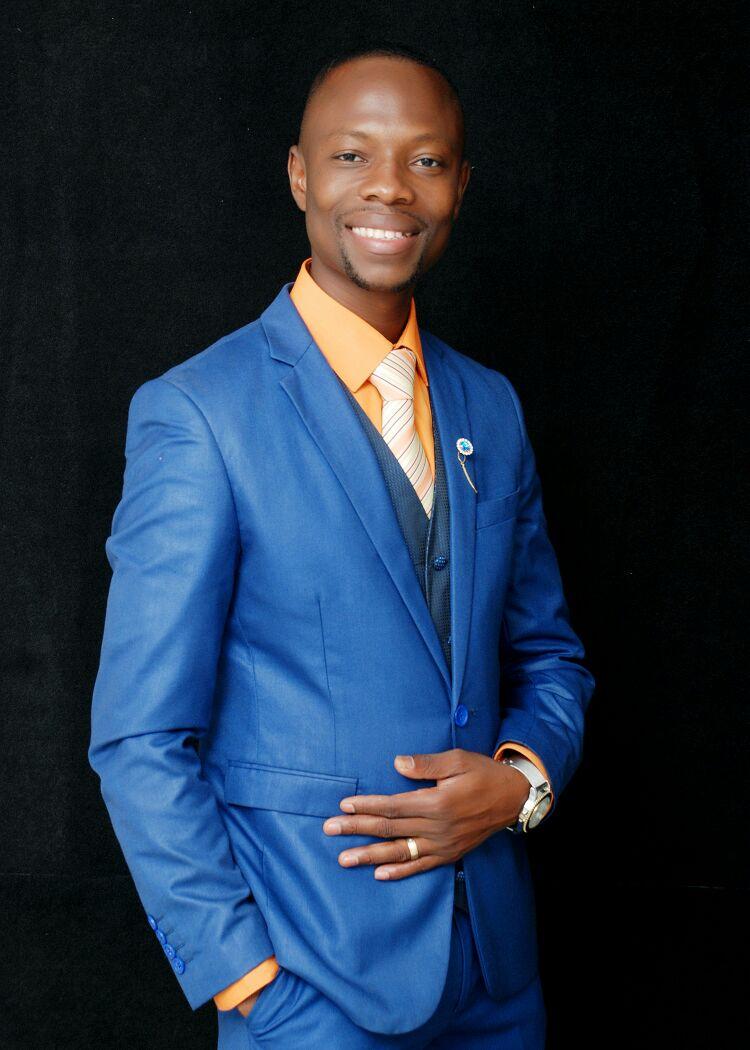 Photo of Enoch Tetteh (Homily) Ft Braa Kweku x Karen – I Will Lift Up Your Name (Prod By Joe K)