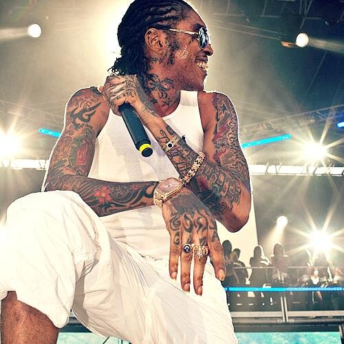 Photo of Vybz Kartel here Playing Football in Prison (Video)