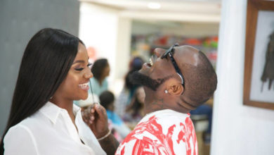 Photo of Nigerians Mistake Photos From Davido's 1 Milli Video For His Wedding To Chioma