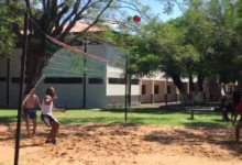 Ronaldinho Play FootVolley in Paraguayan Prison