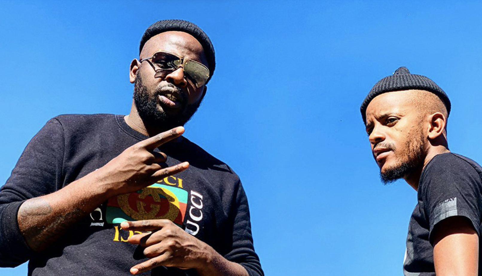 Photo of DJ Maphorisa & Kabza De Small – Sponono ft. Wizkid, Burna Boy & Cassper Nyovest
