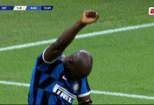 Photo of Lukaku Scores and Dedicates Goal to George Floyd