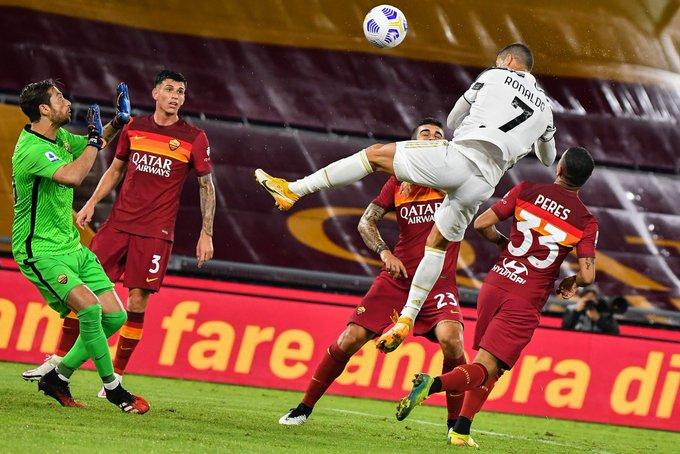 Cristiano Ronaldo scores hang time