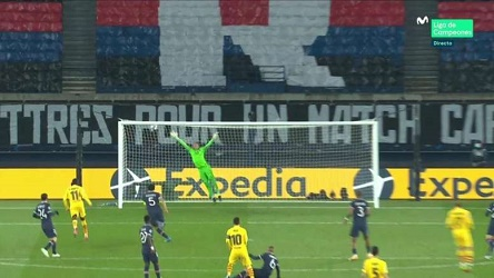 Lionel Messi Levelled With Stunner into Top Corner